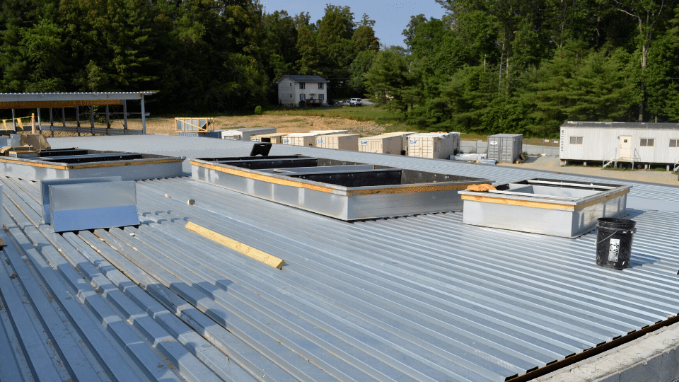 6 Signs Your Roof Is in Need of a Checkup